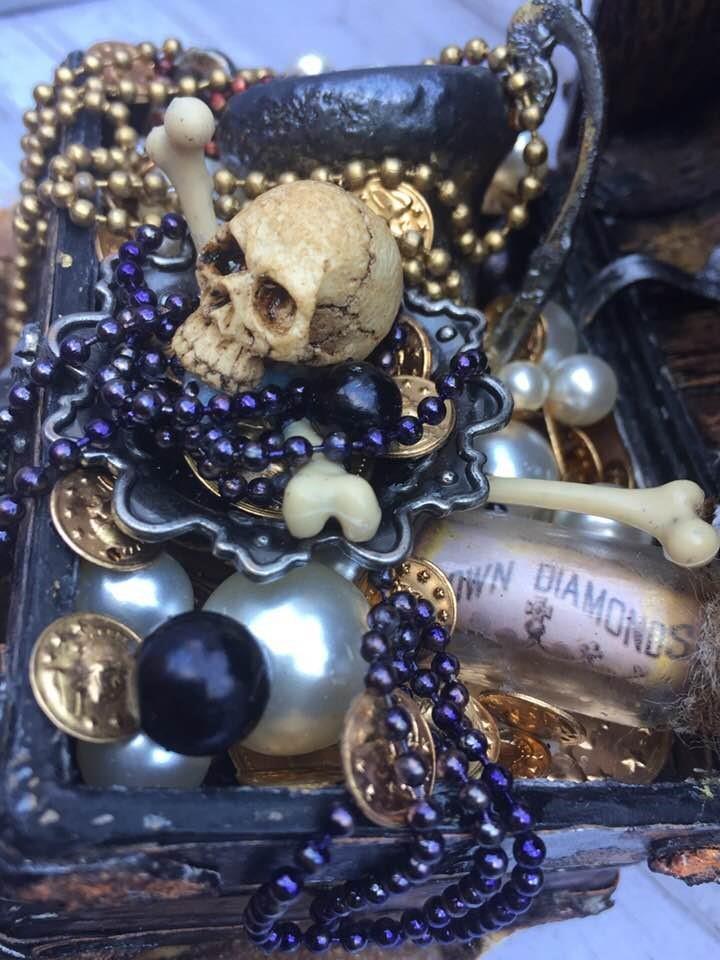 Pirate's treasure chest (15)