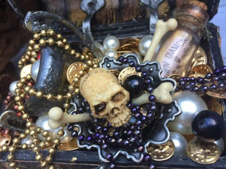 Pirate's treasure chest (4)