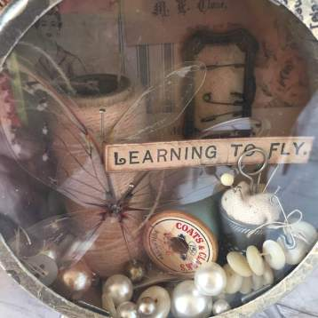 creativation2019 tim holtz clock 'leanring to fly' by wendy baysa (4)